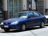 Hyundai Lantra J2