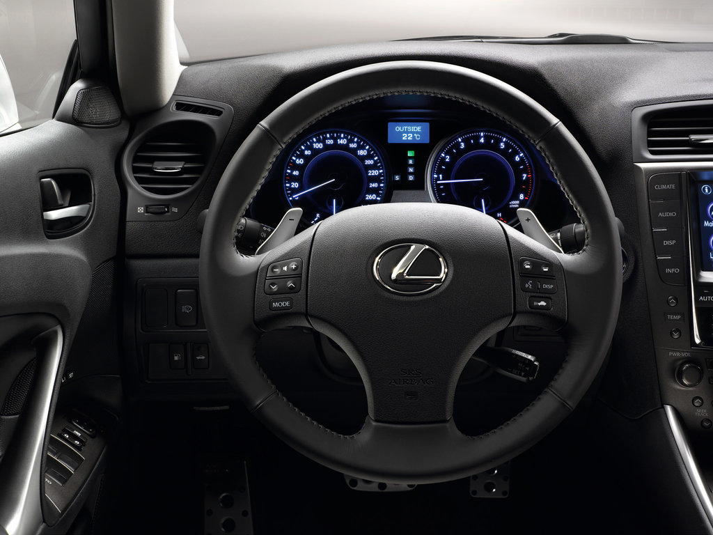 Lexus is 250 запчасти