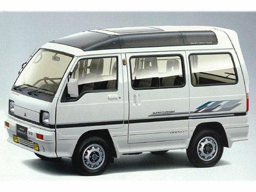 Mitsubishi Bravo 1989 - 1990