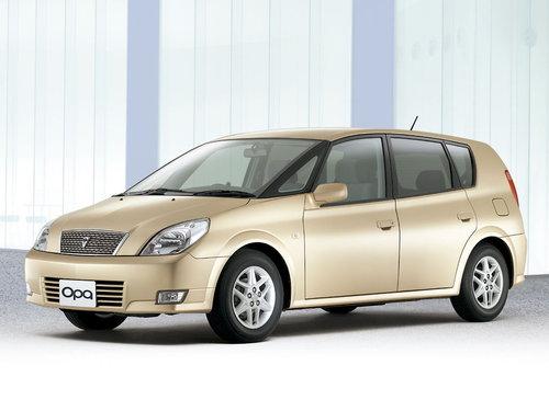 Toyota Opa 2002 - 2005