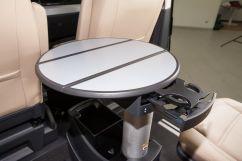 Дополнительно: Многофункциональный передвижной столик в салоне; Дополнительный водяной отопитель/догреватель с программируемым таймером и ДУ