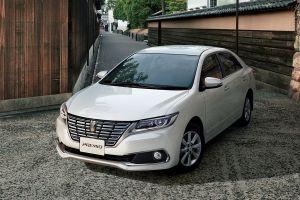 Toyota выпустила обновленные седаны Premio иAllion