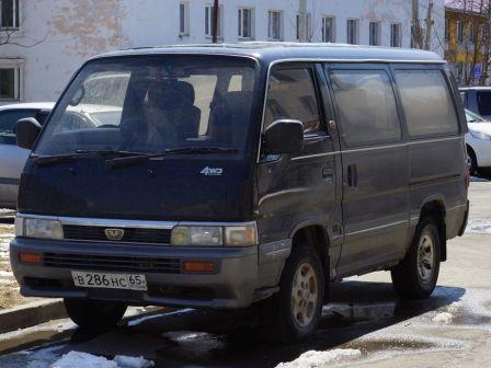 Nissan Homy 1996 - отзыв владельца