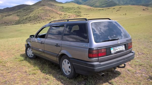 Volkswagen Passat 1993 - отзыв владельца