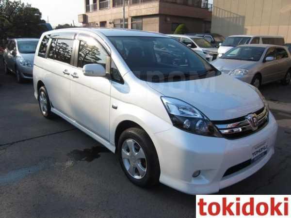 Toyota Isis, 2012 год, 850 000 руб.