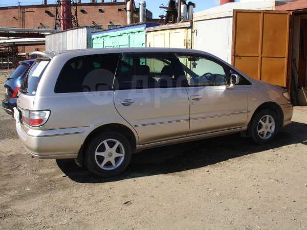Nissan Presage, 2002 год, 299 999 руб.