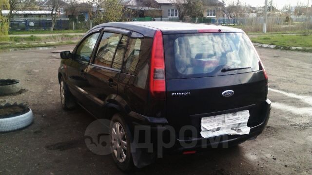 Ford Fusion, 2004 год, 235 000 руб.