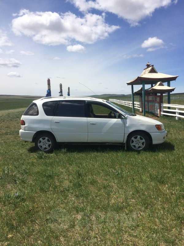 Toyota Ipsum, 2000 год, 250 000 руб.