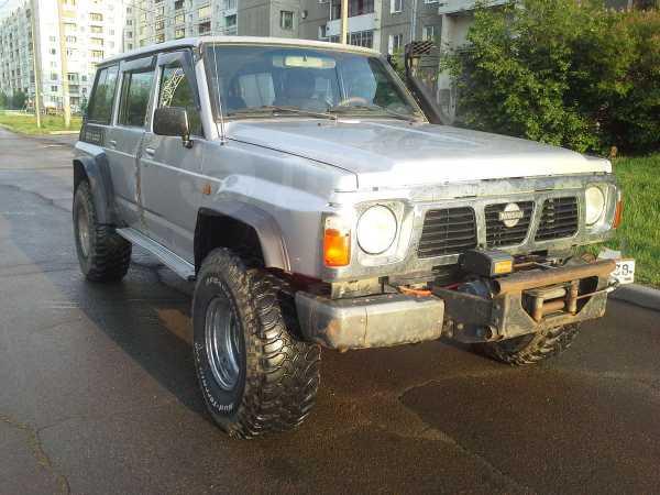 Nissan Patrol, 1989 год, 700 000 руб.