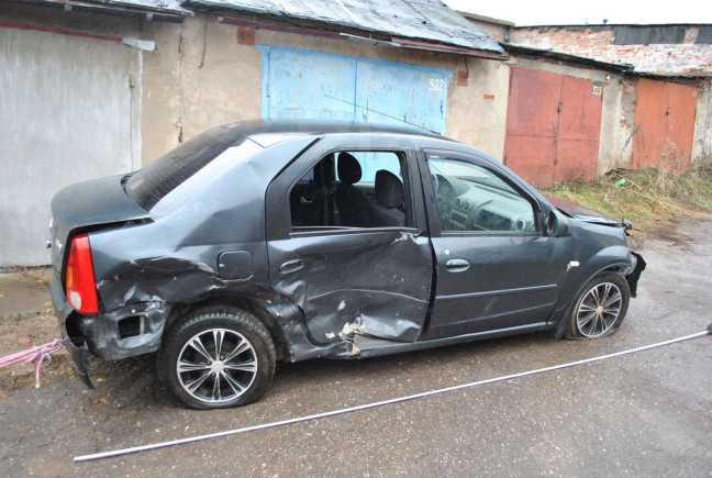 Renault Logan, 2009 год, 100 000 руб.