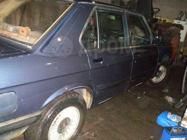 BMW 5-Series, 1982 год, 25 000 руб.