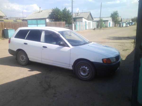 Nissan AD, 2003 год, 210 000 руб.