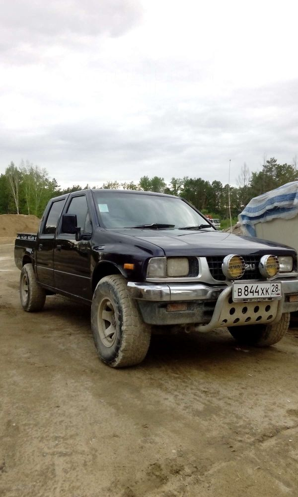 Isuzu Rodeo, 1994 год, 300 000 руб.