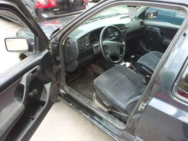 Volkswagen Golf, 1993 год, 63 333 руб.