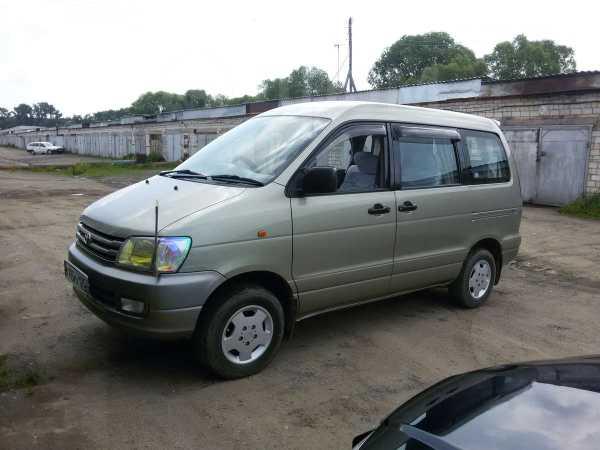 Toyota Lite Ace Noah, 1997 год, 550 000 руб.