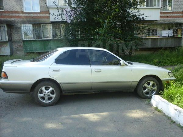 Toyota Camry Prominent, 1993 год, 120 000 руб.