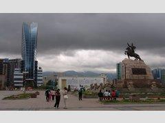 Сухэ-Батору (Улан-Батор) (Памятник)