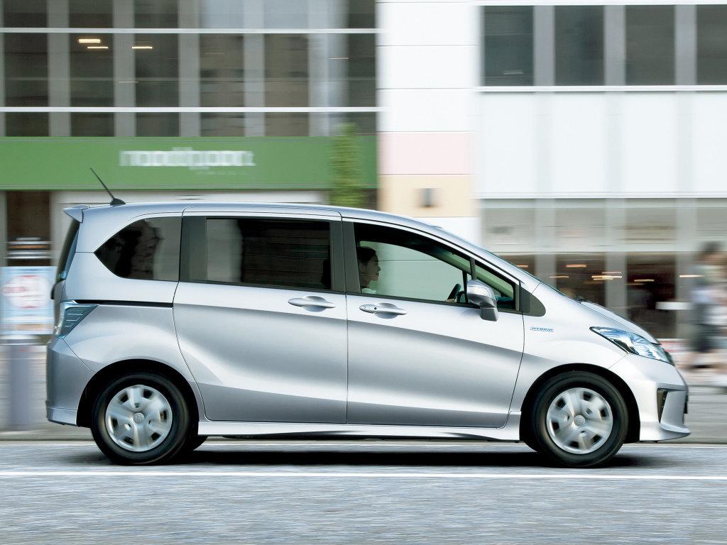 honda freed hybrid характеристики 2013