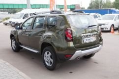 Renault Duster 2.0 AT 4x4 Privilege (06.2015)