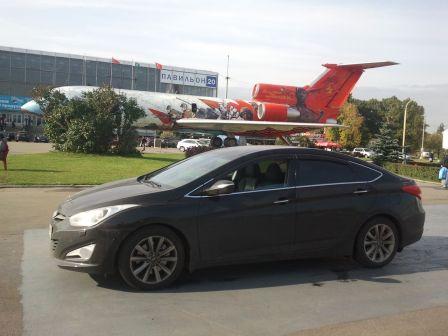 Hyundai i40 2012 - отзыв владельца