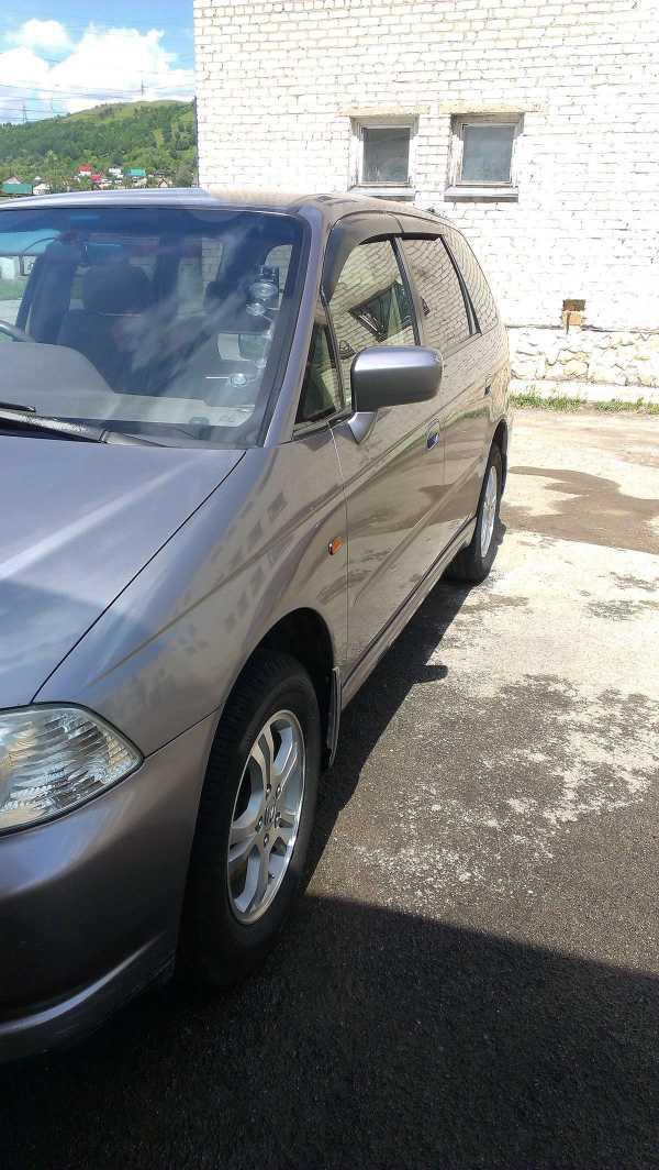 Honda Odyssey, 2001 год, 1 000 000 руб.