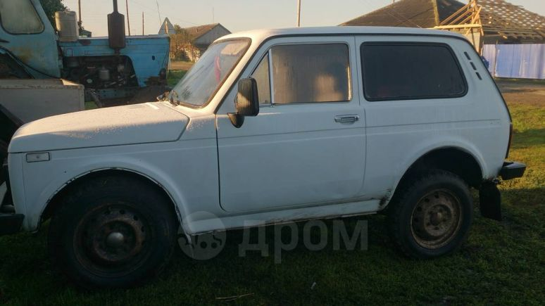 Лада 4x4 2121 Нива, 1995 год, 75 000 руб.