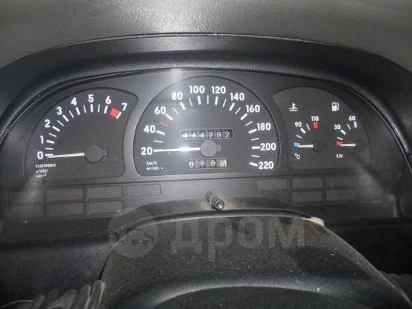 Opel Vectra, 1989 год, 110 000 руб.