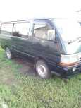 Toyota Hiace, 2002 год, 415 000 руб.
