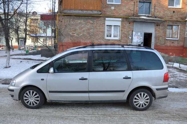 Volkswagen Sharan, 2004 год, 300 000 руб.