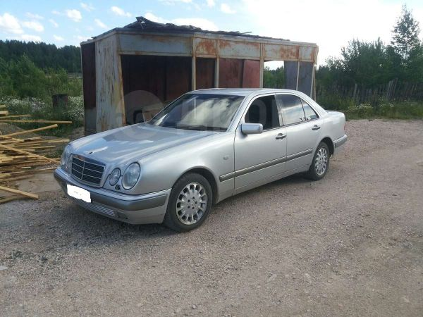 Mercedes-Benz E-Class, 1999 год, 205 000 руб.