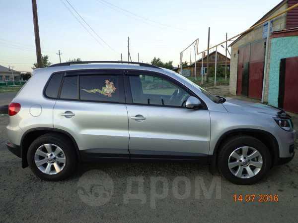 Volkswagen Tiguan, 2013 год, 830 000 руб.