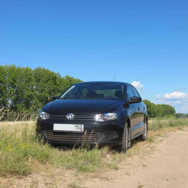 Volkswagen Polo, 2011 год, 390 000 руб.