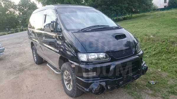 Mitsubishi Delica, 2004 год, 185 000 руб.
