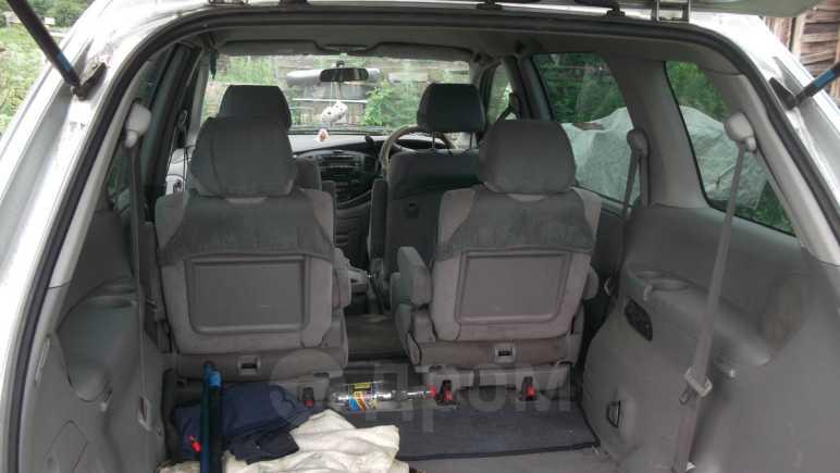 Mazda MPV, 2002 год, 230 000 руб.