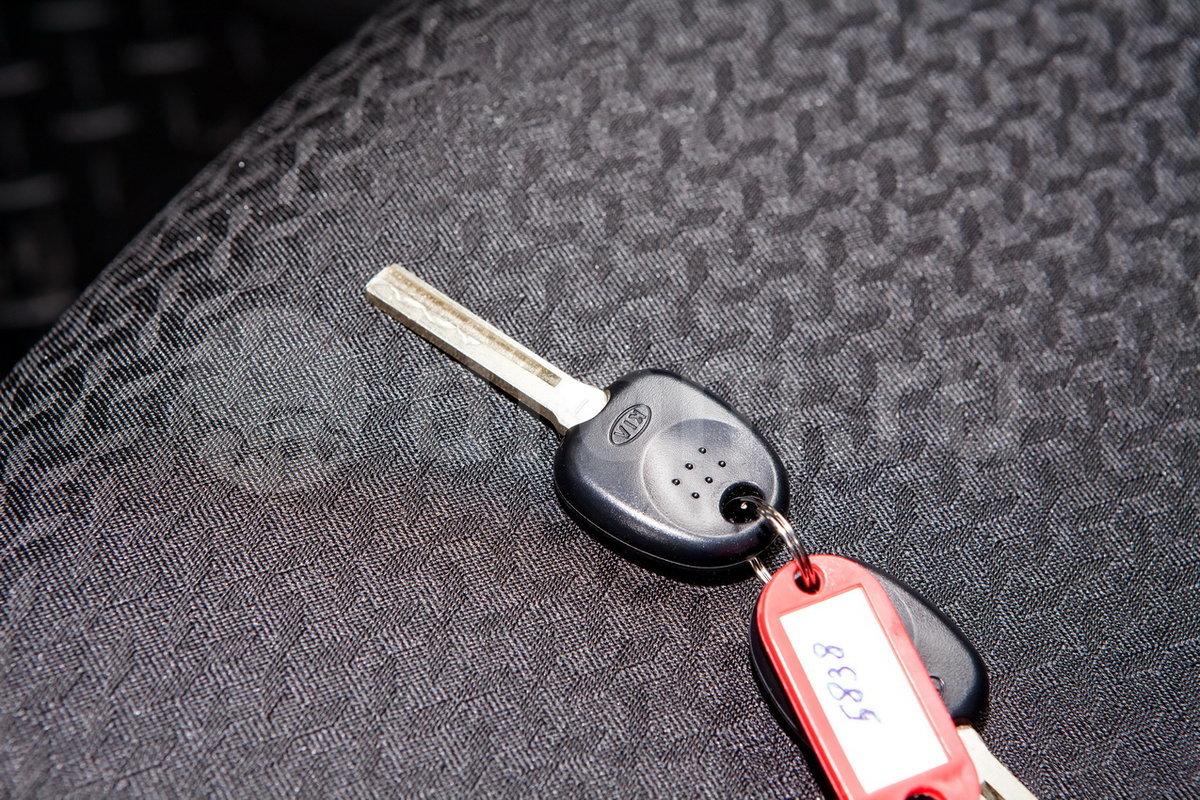 Ключ ДУ (дистанционный ключ): нет