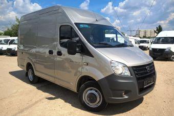 Объем грузового отсека после «купирования» фургона уменьшился на 2 куб. м — до 11,5 куб. м. Уменьшение длины было достигнуто за счет удаления центральной вставки кузова.