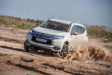 Тест-драйв нового Mitsubishi Pajero Sport. Резиновые сапоги со стразами