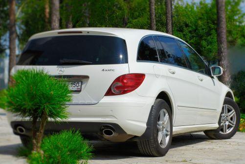Mercedes-Benz R-Class 2009 - отзыв владельца