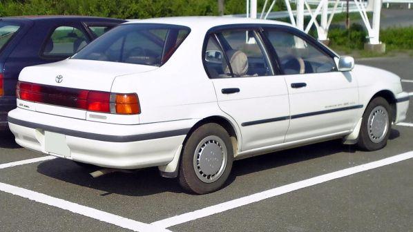 Toyota Corsa 2000 - отзыв владельца