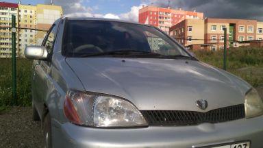 Toyota Platz, 2001