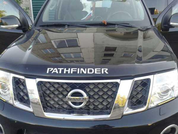 Nissan Pathfinder, 2011 год, 1 260 000 руб.