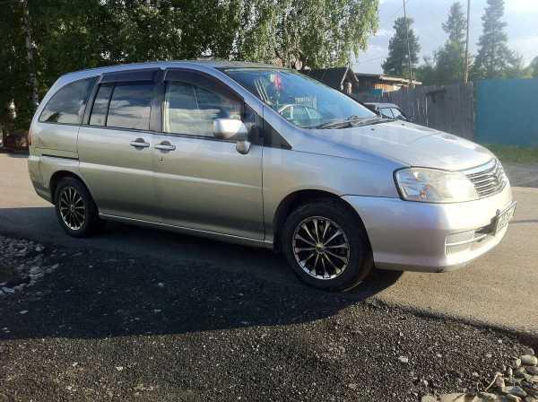 Nissan Liberty, 2002 год, 270 000 руб.
