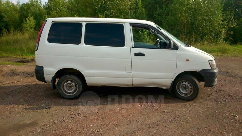 Toyota Town Ace, 2000 год, 255 000 руб.