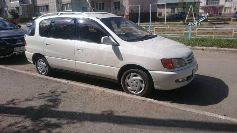 Toyota Ipsum, 2000 год, 385 000 руб.