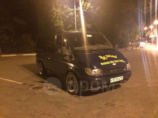 Ford Tourneo Connect, 2004 год, 500 000 руб.