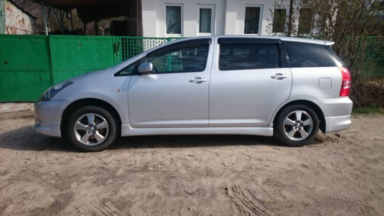 Toyota Wish, 2005 год, 397 000 руб.