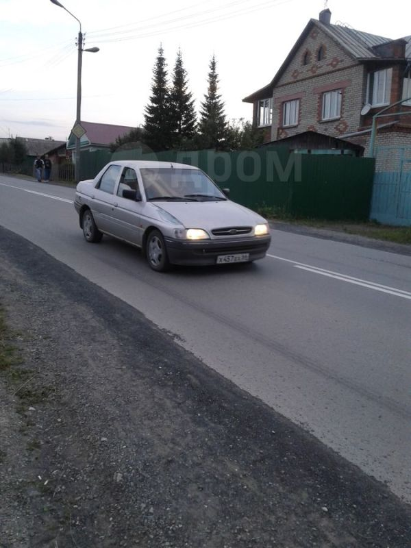 Ford Orion, 1992 год, 35 000 руб.