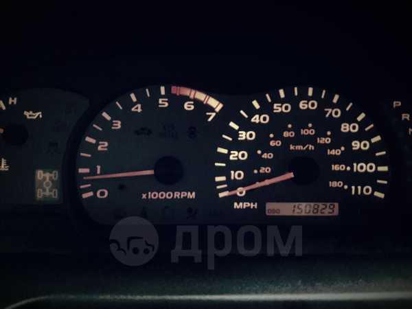 Toyota Sequoia, 2005 год, 999 000 руб.