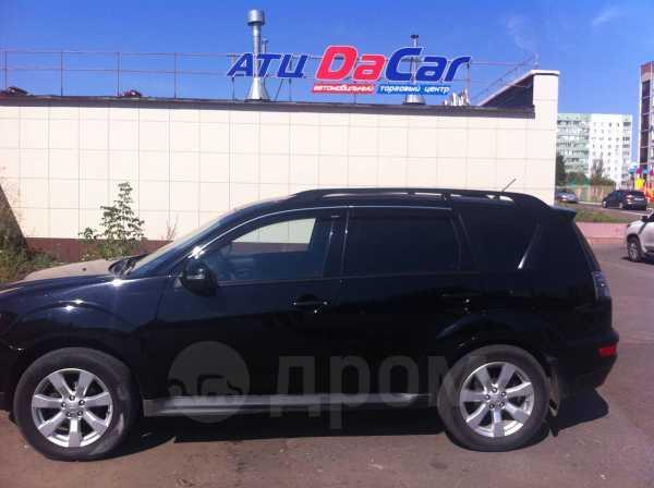 Mitsubishi Outlander, 2011 год, 735 000 руб.