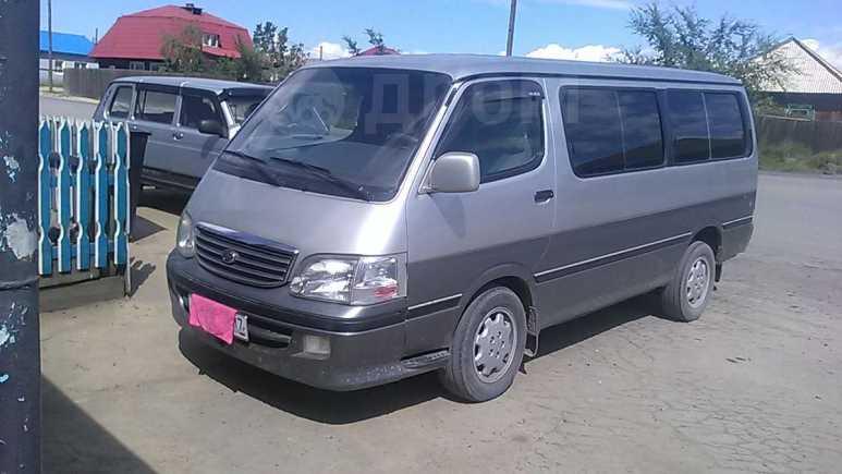 Toyota Hiace, 2004 год, 650 000 руб.